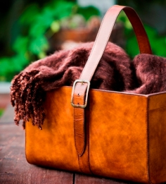 balmuir-leather-basket