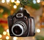 VINTAGE CAMERA GLASS ORNAMENT